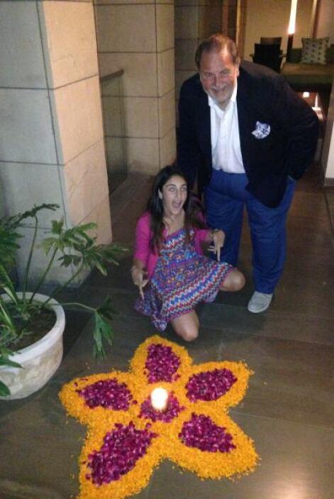 Raúl de Molina continuó con la celebración de su cumpleaños en el hotel...