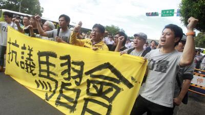 Protestas en Taiwán por reunión con el presidente de China