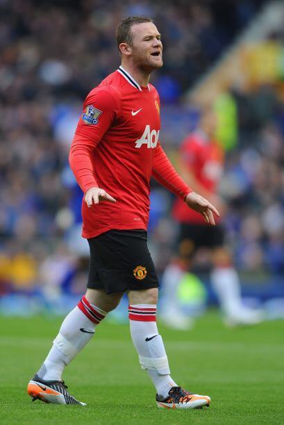 Rooney sigue siendo el líder dentro de la cancha. Su voz de mando es esc...