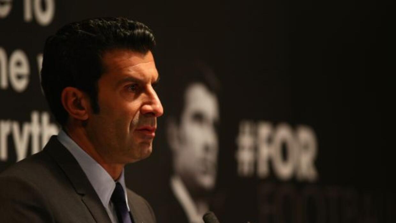 El ex crack portugués es candidato a la presidencia de la FIFA.