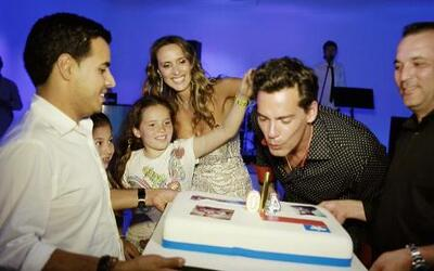 ¿Qué famosos acompañaron a Cristián de la Fuente a festejar su cumpleaño...