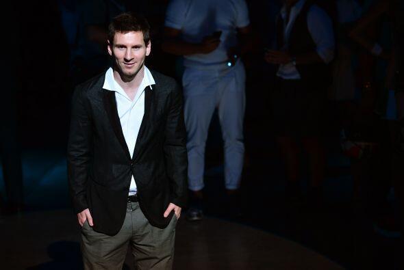 39. Lionel Messi  Ganancias netas: $41 millones.  Presencia en radio y t...