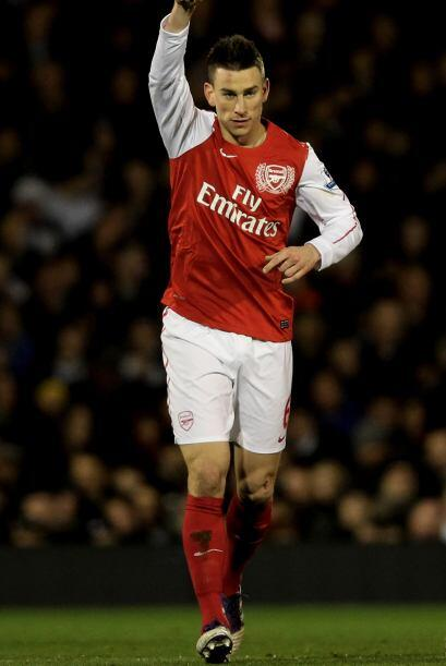 Laurent Koscielny puso el primer gol del partido.