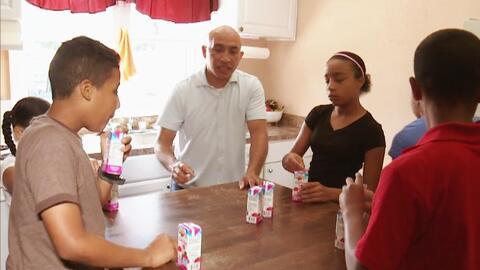 El difícil reto de ser padre soltero como el 'súper papá'