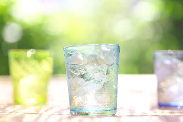 La falta de hidratación puede hacer que tus hijos se sientan deca...