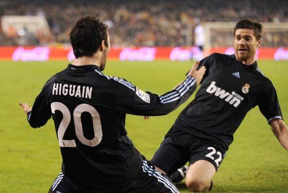 Era el día de Higuaín. El argentino volvió a poner...