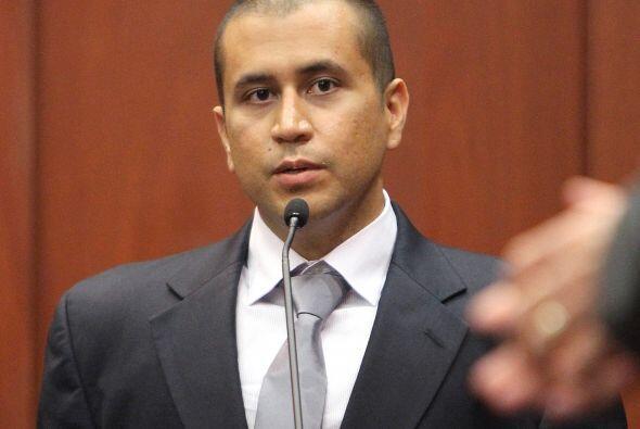 Respecto de las acusaciones, Zimmerman alega que actuó en defensa propia...