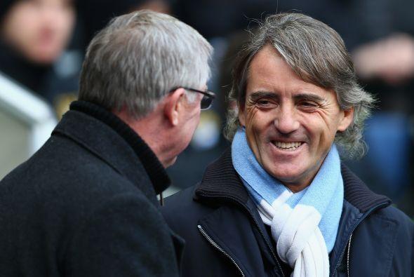 Manchester se dividió debido al duelo entre sus dos equipos, el City rec...