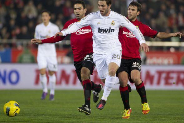 Y luego mandó al campo de juego al argentino 'pipita' Higuaín.