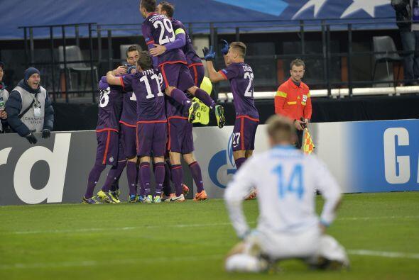 Finalmente, el Austria Viena goleó por 4-1 al Zenit, pero el pase a octa...