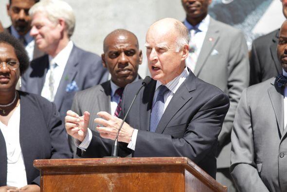 En la capital del país, eL Gobernador Jerry Brown, habló d...