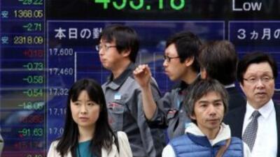 La caída del Producto Interno Bruto (PIB) sumergió este lunes a Japón en...