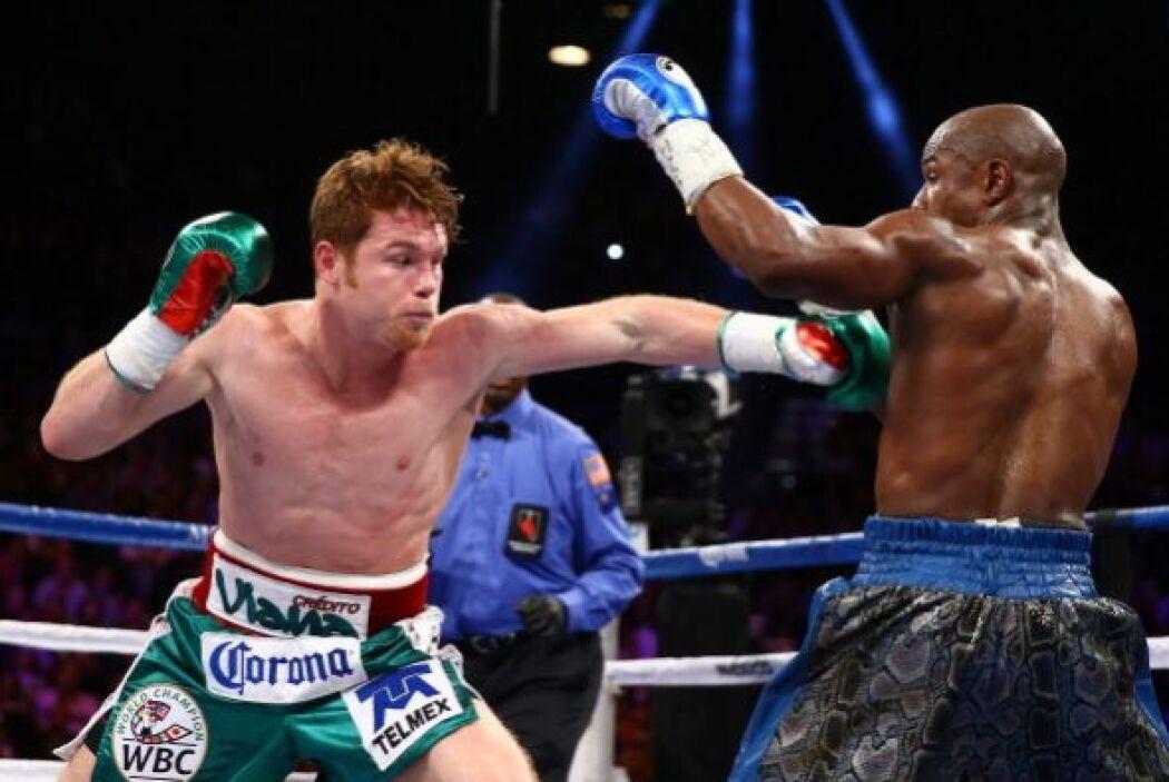 Álvarez intentó, quiso, pero enfrente tuvo al mejor boxeador del mundo.