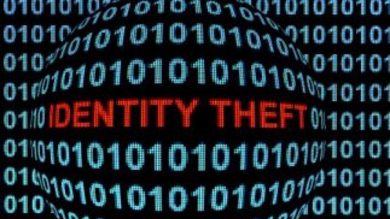 El robo de identidad es un gran desafío por ser uno de los delitos que m...