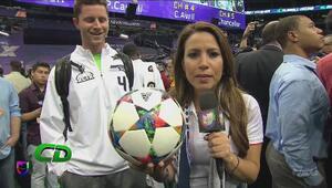 Lindsay Casinelli le enseño a los jugadores de la NFL ha jugar el verdadero futbol