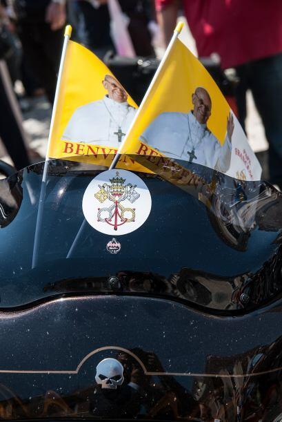 Miles de motocicletas Harley-Davidson colmaron la Vía de la Conciliación...