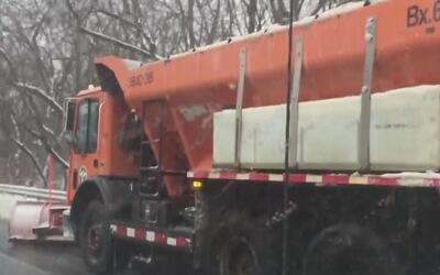 Conductores en El Bronx sufrieron las inclemencias de la tormenta invernal