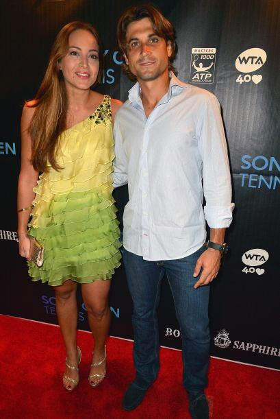 El español David Ferrer llegó muy casual al evento.