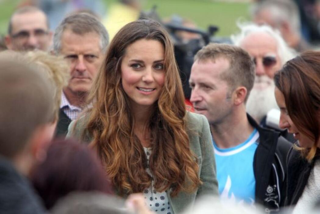 Kate se adelantó y visitó junto con su marido, el príncipe William, la l...