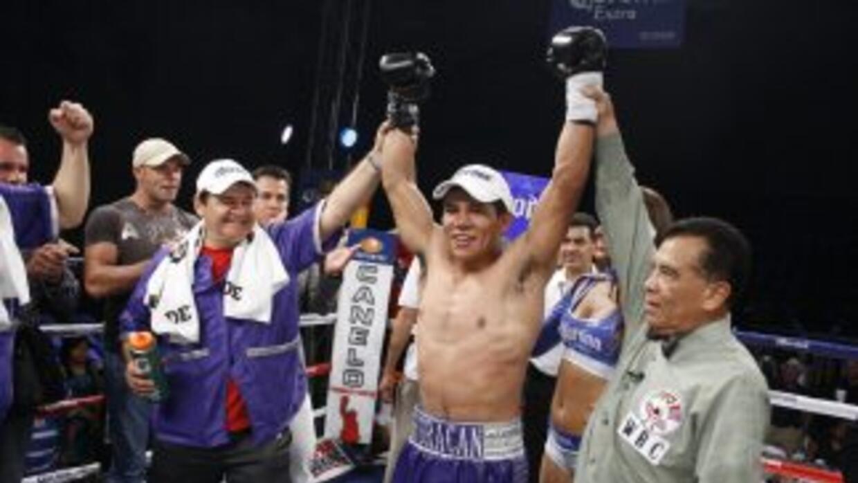 Fernando Castañeda ganó el campeonato Mundial Juvenil peso Superligero d...