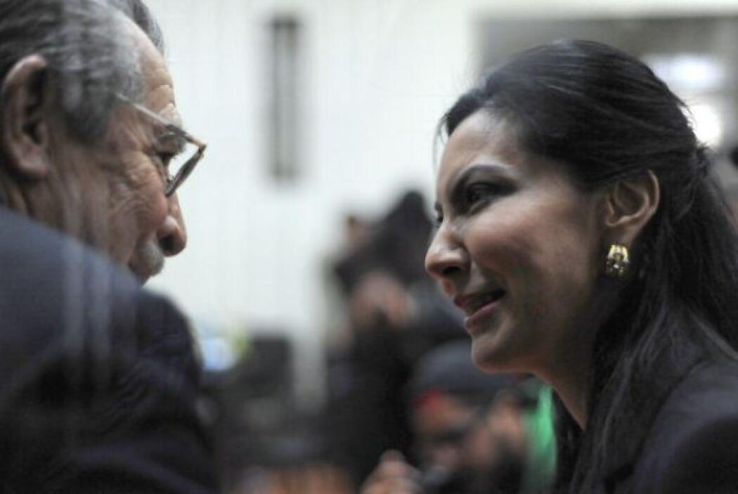 El abogado de Ríos Montt, Danilo Rodríguez, dijo a Efe que confía en que...
