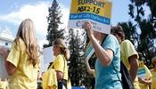 Gobernador de California firma ley de muerte asistida