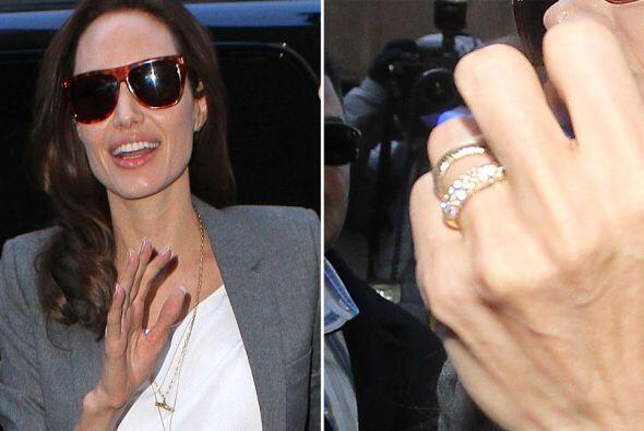 La actriz fue captado en Nueva York, luciendo su anillo de compromiso. ¿...
