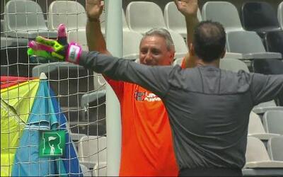 Desafío de penales entre el Tri y República Deportiva