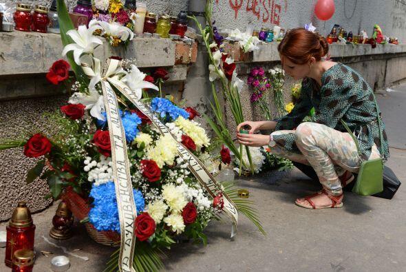 Con  estas muestras de cariño recordaron a las víctimas de la tragedia.