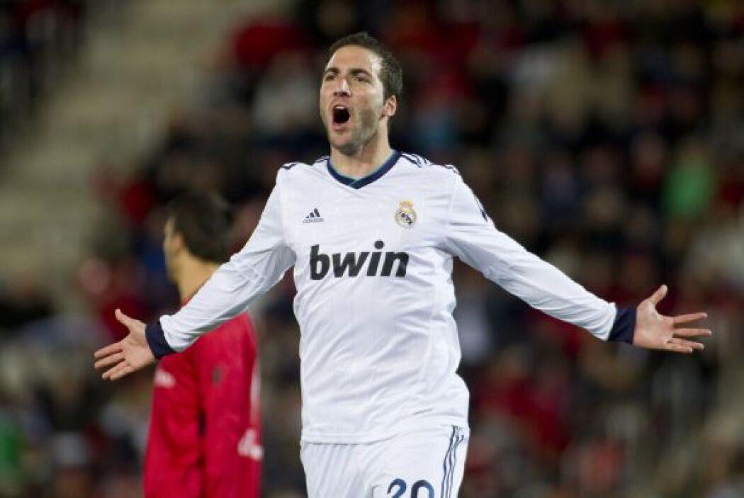 Gonzalo Higuaín puso el 1-0 para comenzar a darle forma al duelo.