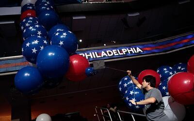 Algunos delegados de Sanders llegan a Filadelfia con un patente descontento