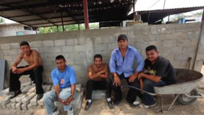 Un grupo de 513 inmigrantes de América Latina y Asia fueron hallados por...