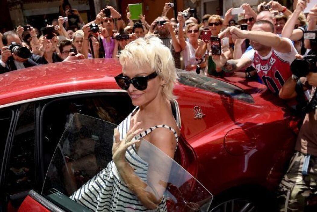 Pamela Anderson asiste a la 60 edición del Festival de Cine de Taormina...