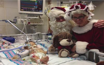 Bebé de cinco meses que necesitaba trasplante de hígado recibió el órgan...