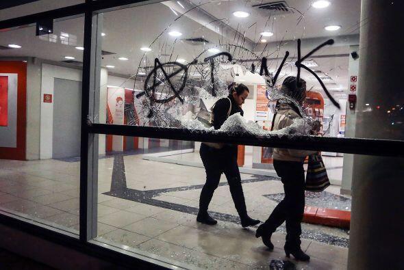 """""""Los policías que estaban cerca vieron los actos de vandalis..."""