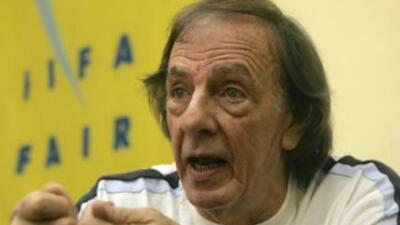 El estratega argentino habló de todo el entorno del fútbol español, prin...
