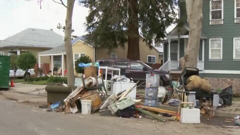 Damnificados por inundaciones de San José tratan de volver a su vida normal