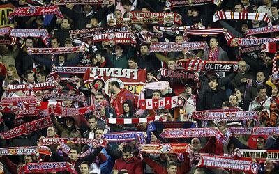 La siempre fiel y sufrida aficion del Atlético.