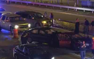 Accidente múltiple provoca cierre de la Good Latimer Expressway
