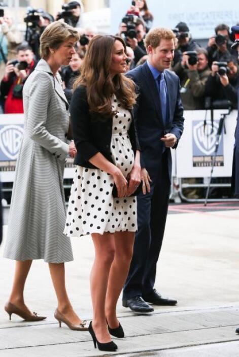De pies a cabez, Kate Middleton siempre está en el ojo público y parece...