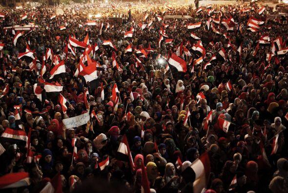 El 25 de diciembre se aprobó en referéndum la nueva Constitución con un...
