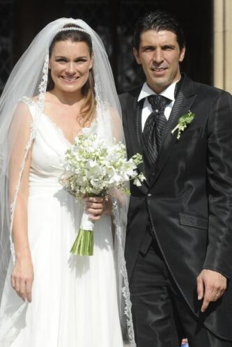 Gianluigi y Alena tuvieron a su primer hijo en el 207, llamado Louis Tho...
