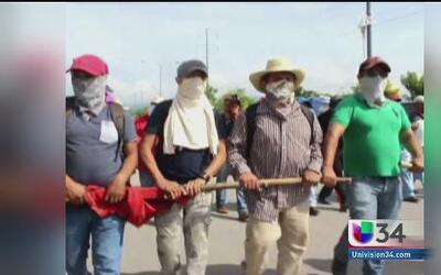 Sigue la tensión en México por estudiantes desaparecidos