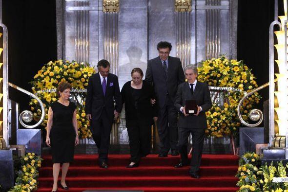 El homenaje, acompañado de música clásica interpret...