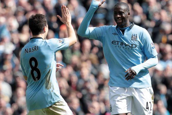 Pese a que el Manchester City ya perdió toda opción al título, Touré hiz...