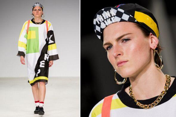Otra alternativa súper original y 'trendy' es llevar una gorra co...