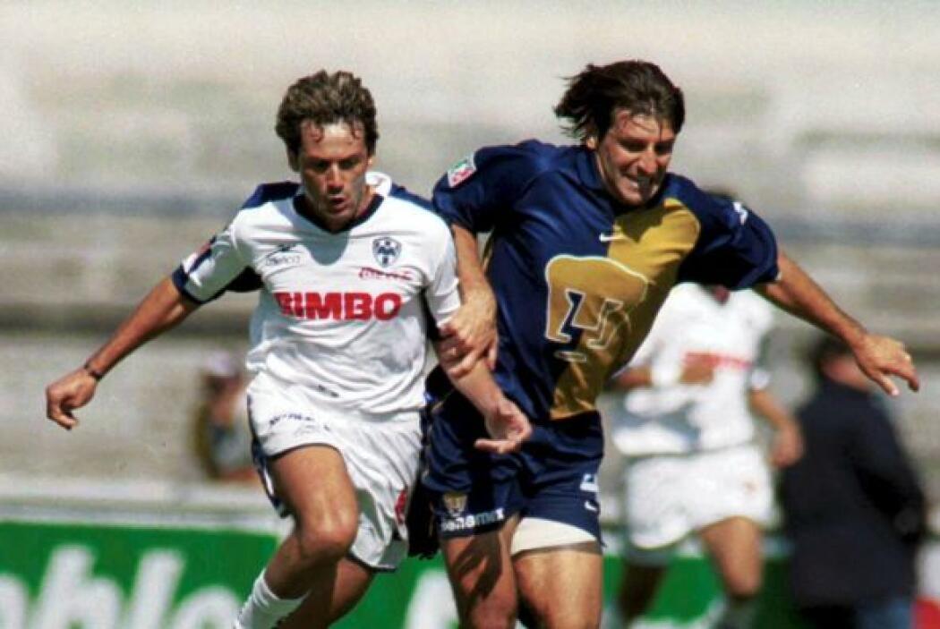 El Verano 2002 traería un gran inicio para los Pumas donde acumularon 3...