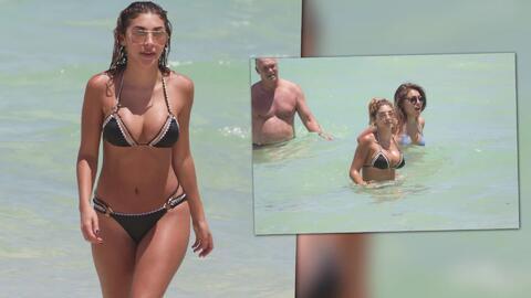 Chantel Jeffries, ex de Justin Bieber, gozando de la playa