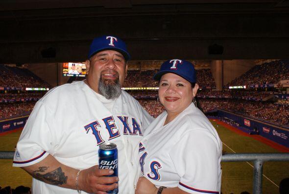 Los fanáticos de uno de los equipos de béisbol texanos con...