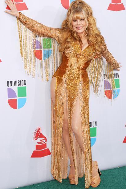 El estilo  'vedette cabaretero' de Charo,  cantante, bailarina, c&oacute...